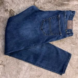PRICE DROP! Men's Lucky Jeans! 410 Athletic 32/34!